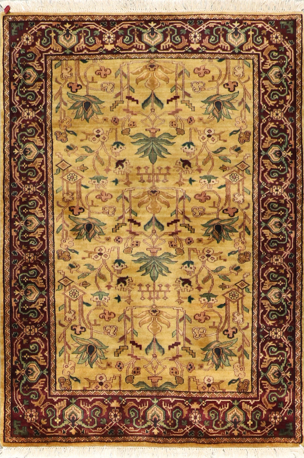 "4'1""x6' Decorative Gold Wool Hand-Knotted Rug"
