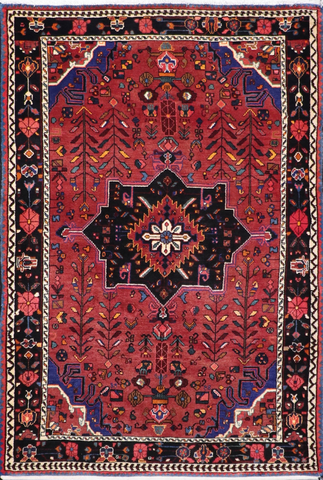 "4'2""x6'2"" Traditional Red Persian Wool Hand-Knotted Rug"