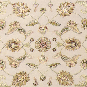 "4'1""x6'2"" Traditional Cream and Gold Wool & Silk Hand-Knotted Rug"