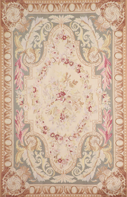 "6'1""x9'3"" Needlepoint Tan Wool Hand-Knotted Rug"