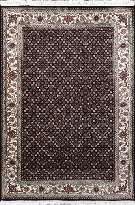 "4'1""x6'1""Traditional Bijar Black Wool Hand-Knotted Rug - Direct Rug Import 