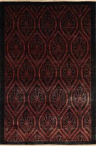 "4'8""x6'11"" Transitional Black Wool Hand-Knotted Rug"