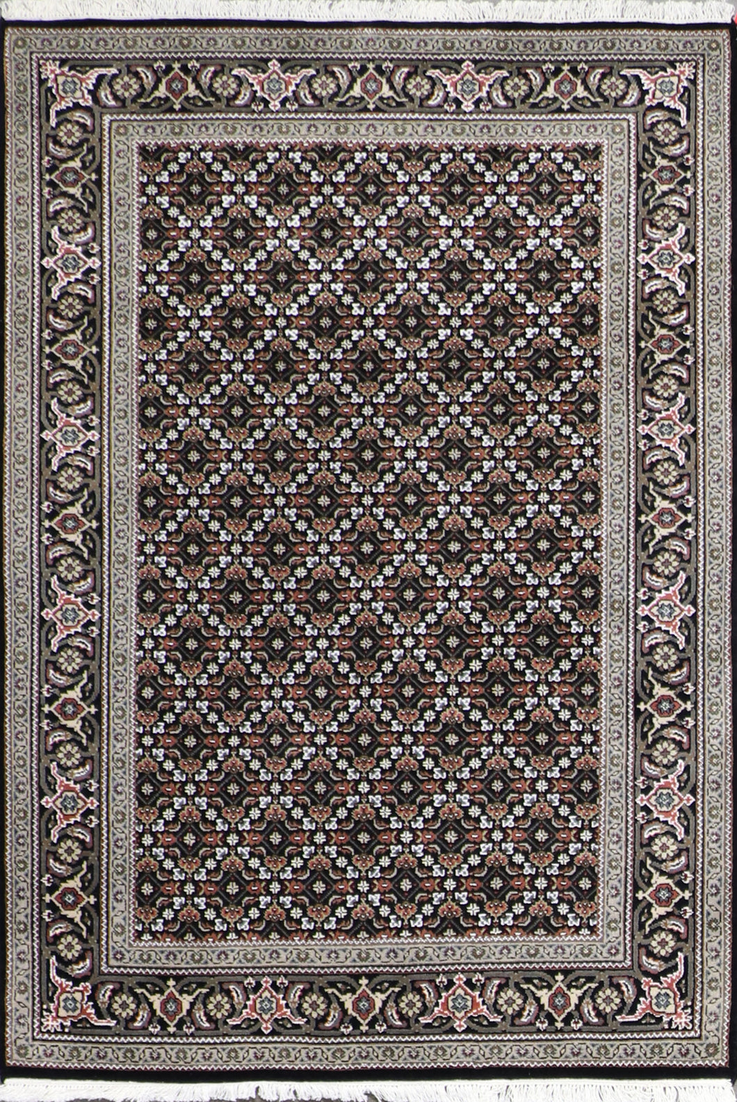 "4'1""x6'2"" Decorative Black Wool Hand-Knotted Rug - Direct Rug Import 
