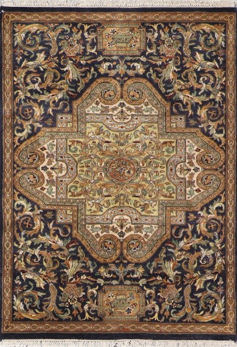 "4'1""x5'10"" Decorative Versace Black Charcoal Wool Hand-Knotted Rug - Direct Rug Import 