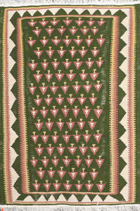 "3'7""x5' Decorative Green Wool Hand-Knotted Rug - Direct Rug Import 