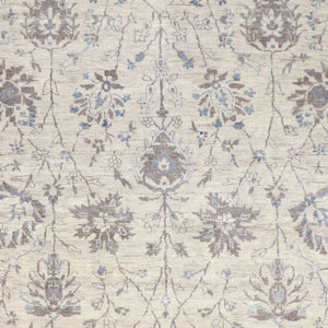 "9'1""x11'8"" Traditional Gray Wool & Silk Hand-Knotted Rug - Direct Rug Import 