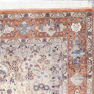 "4'6""x7'6"" Traditional Isfahan Ivory Wool& Silk Hand-Knotted Rug - Direct Rug Import 