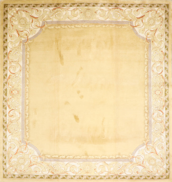 "8'6""x9' Traditional Gold Aubusson Wool Hand-Knotted Rug"