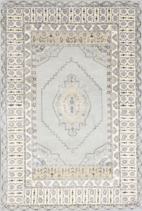 4'x6' Traditional Vintage Wool & Silk Hand-Tufted Rug