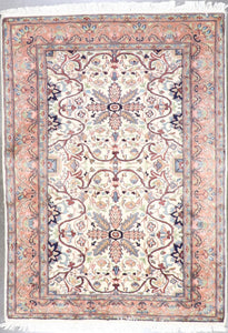 "4'2""x5'11"" Traditional Wool&Silk Hand-Knotted Rug - Direct Rug Import 