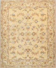 "Load image into Gallery viewer, 7'11""x9'8"" Traditional Wool & Silk Hand-Tufted Rug"