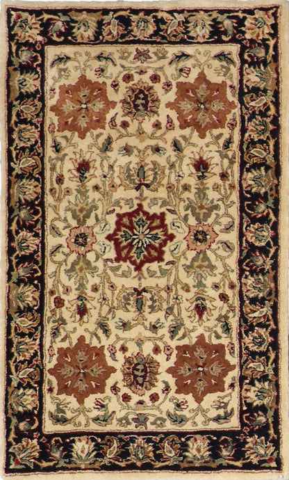 "3'1""x5'1"" Traditional Tan Wool Hand-Tufted Rug - Direct Rug Import 