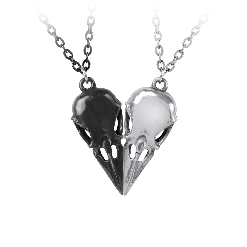 Coeur Crane Pendant Alchemy Gothic Matching Couples Raven Skull Necklaces