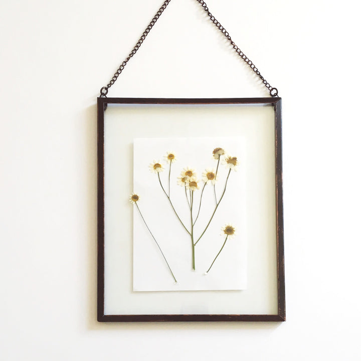 DIY: Pressed Flower Frame