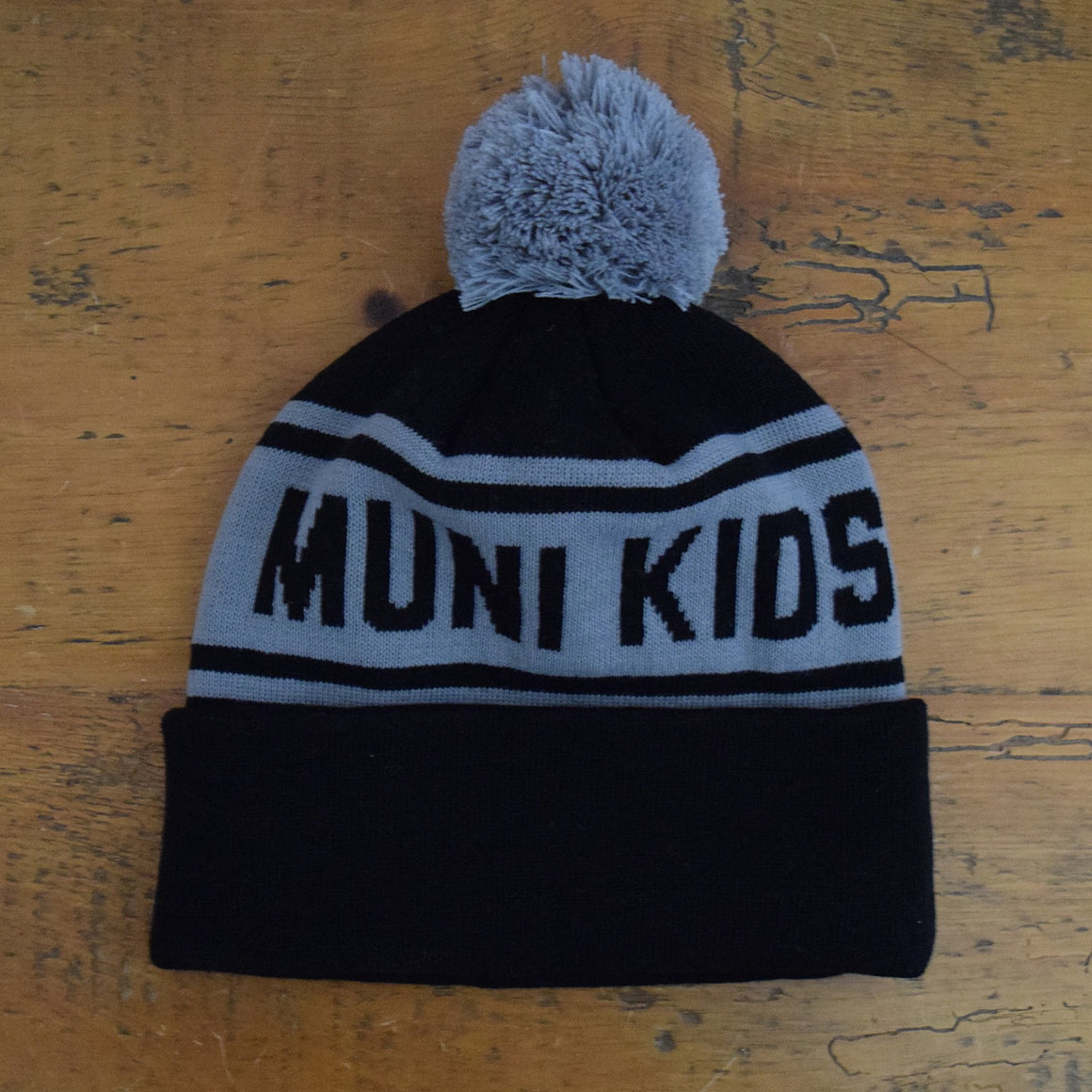 Purist Pom Pom Beanie (Black/Grey) | Muni Kids®