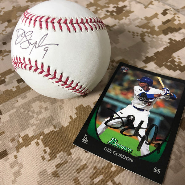 Dee Gordon Signed Baseball and Rookie Card