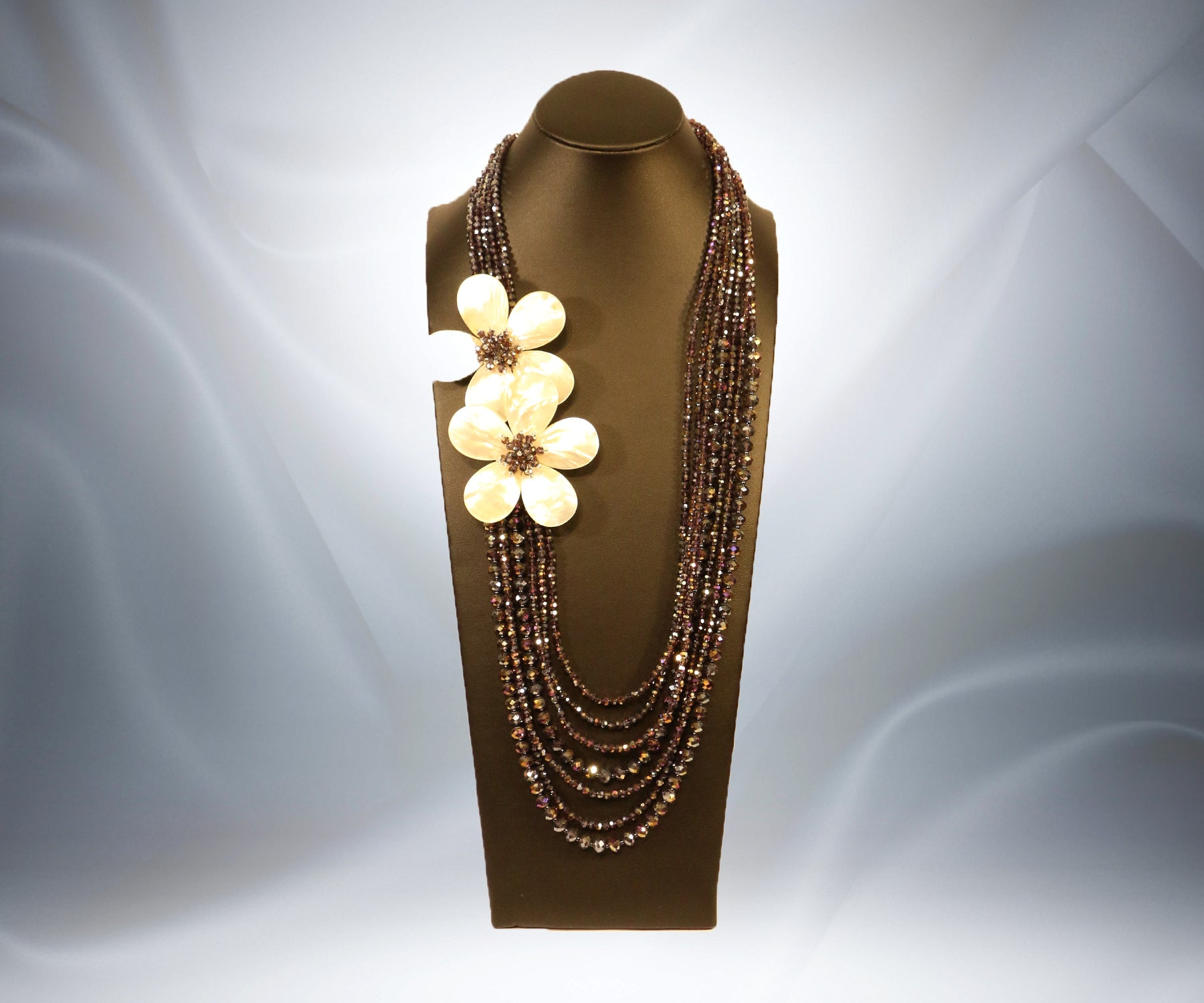 Mother of Pearl flower Necklace - Tibet Arts & Healing