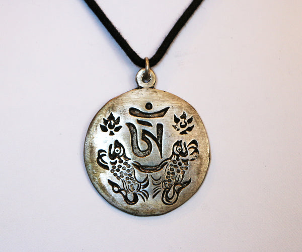 OM symbol with Two Golden Fish - Tibet Arts & Healing
