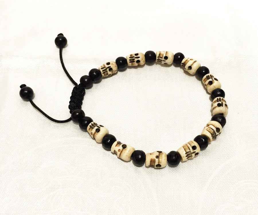 SKULL WRIST BRACELET WITH ROSEWOOD