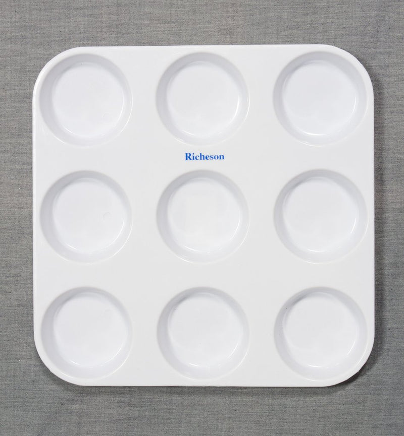 Plastic Muffin Tin - Wyndham Art Supplies