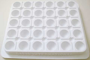 30 Well Plastic Mixing Palette - Wyndham Art Supplies