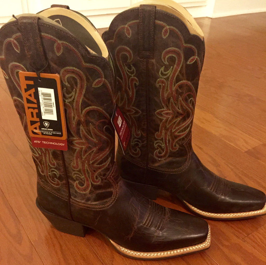 Women's Ariat Cowgirl Boots