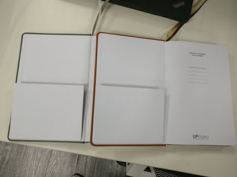 2018 UPstudio Planner New Front Folder