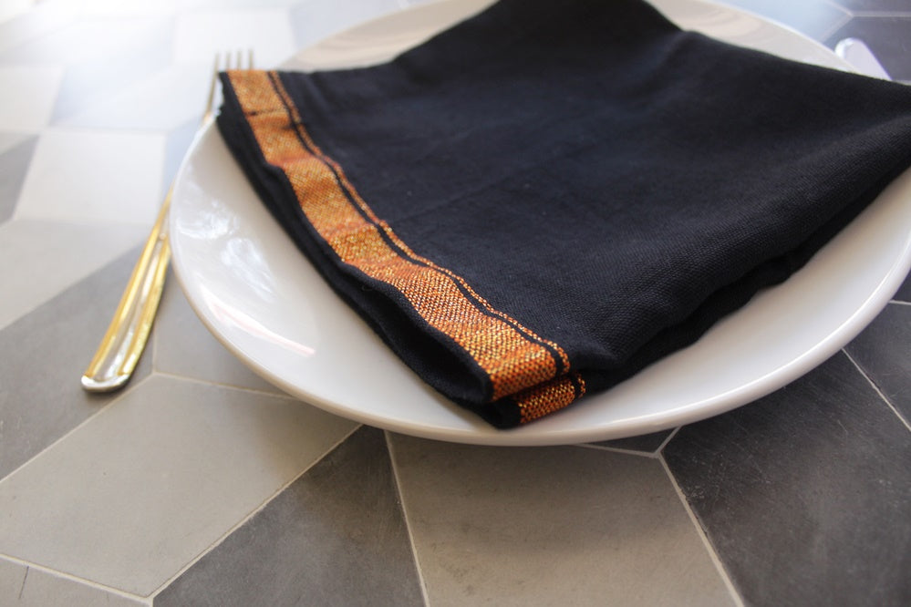 BLACK CHILLIKKARA NAPKIN