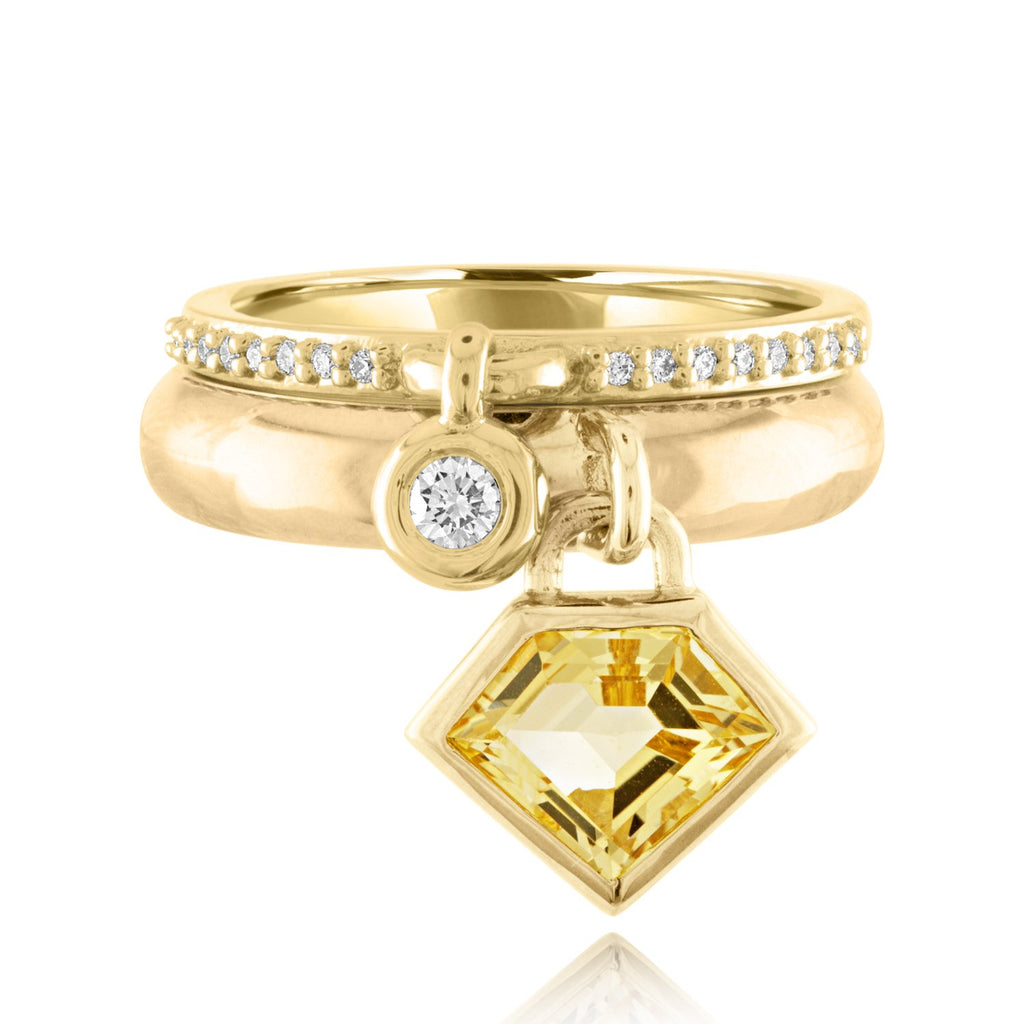 18K Yellow Gold Queen of Bounce Charm Ring