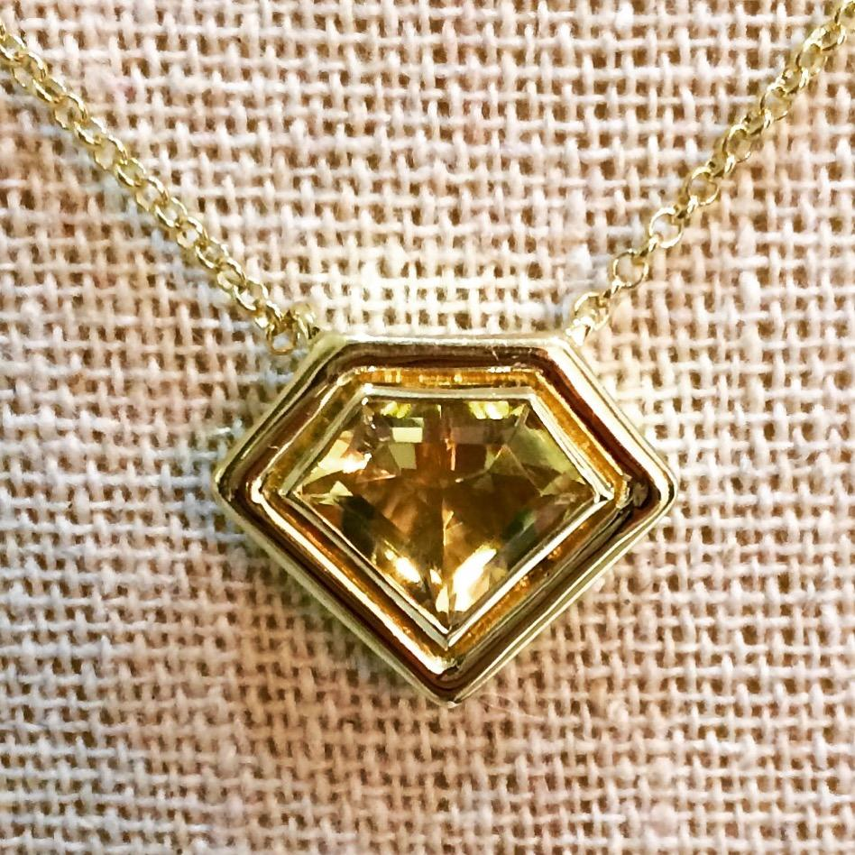 18K Yellow Gold Super Polished Pendant