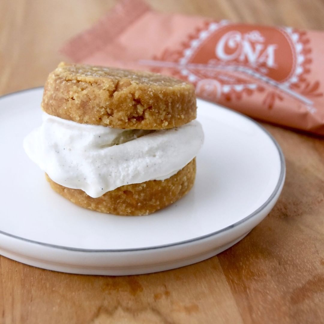 "Ona Cookie ""Nicecream"" Sandwiches"