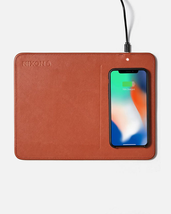 Gift With Purchase - Nixon Wireless Phone Charging Pad