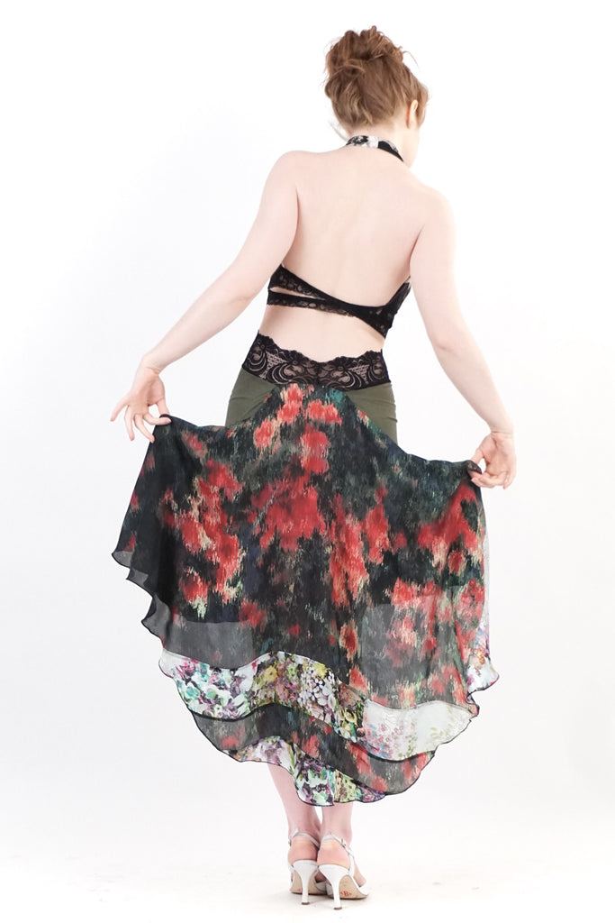 the signature skirt in forest bloom