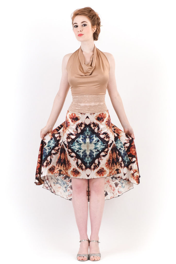 the signature skirt in fire gem