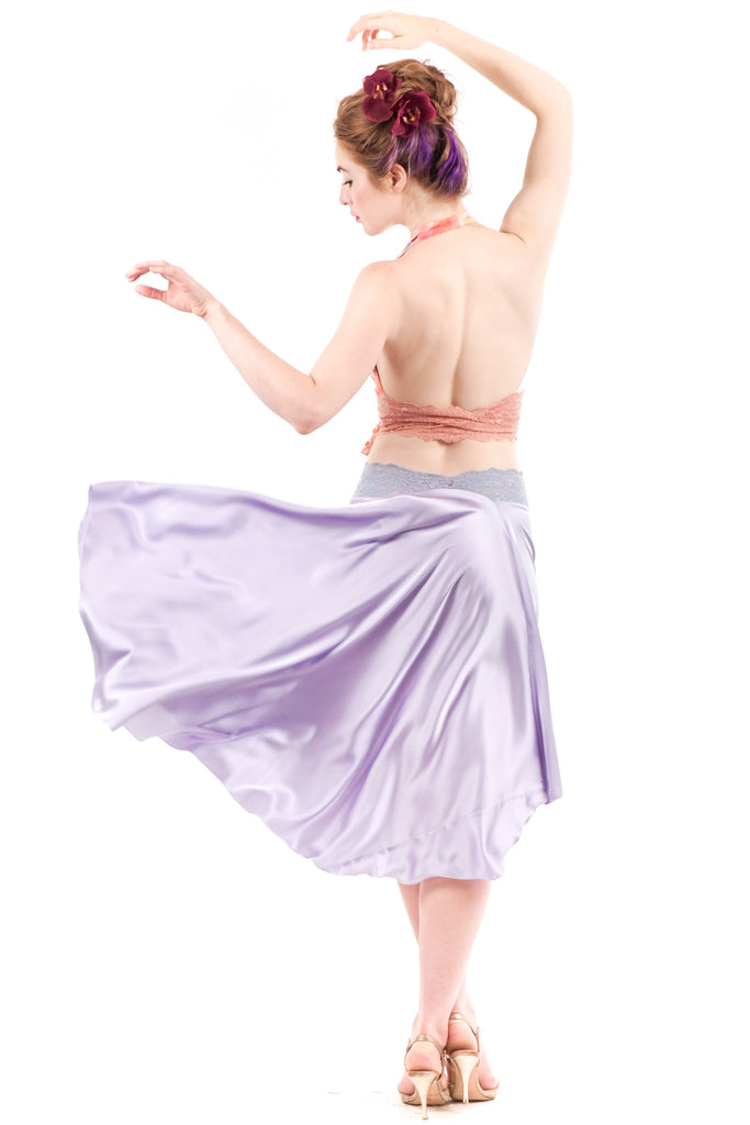 the signature skirt in luminous lilac