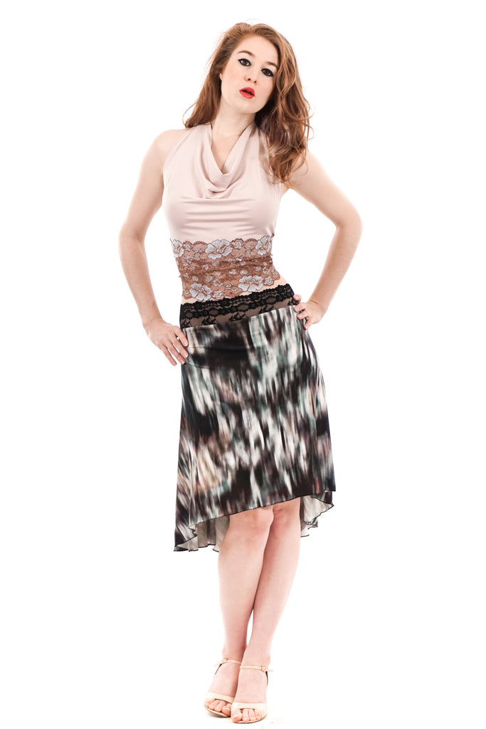 the signature skirt in vignette