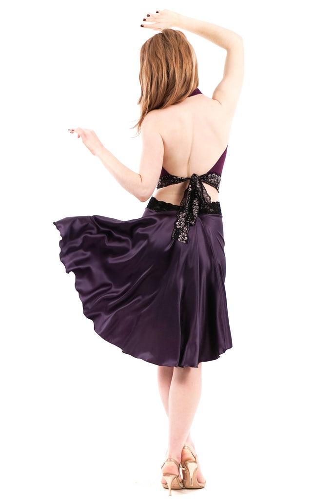 the signature skirt in marionberry