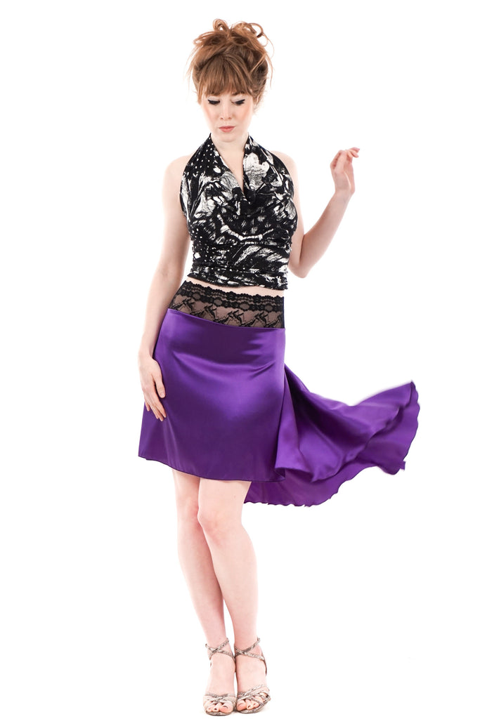 the signature skirt in luminous violet