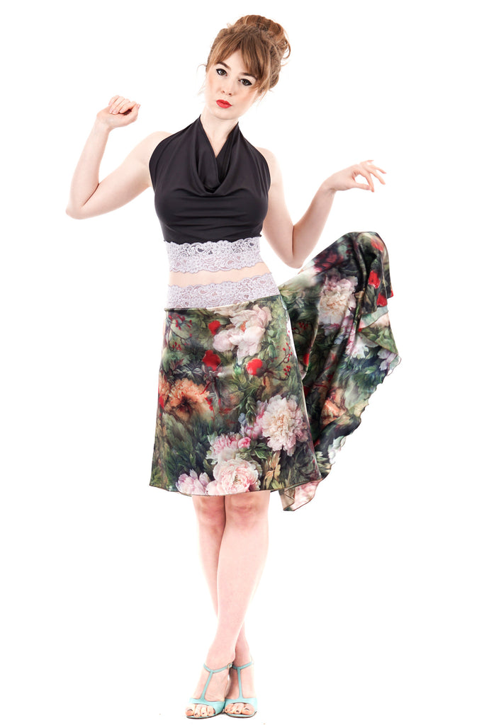 the signature skirt in painted peony