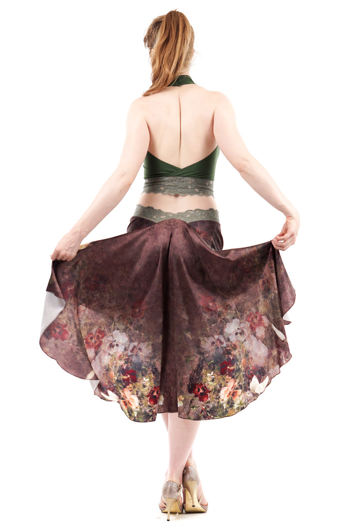 the signature skirt in renaissance bouquet
