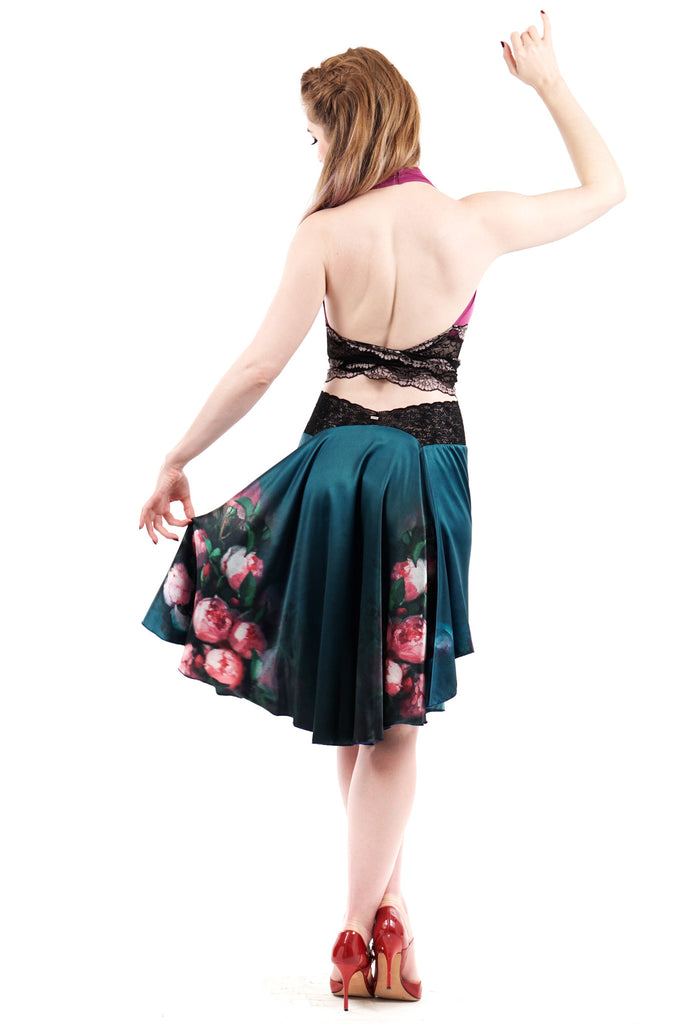 the signature skirt in peach blossoms float