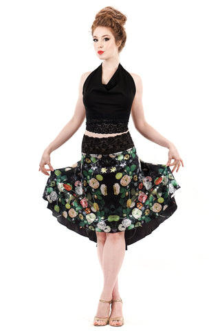 the signature skirt in illustrated flowers