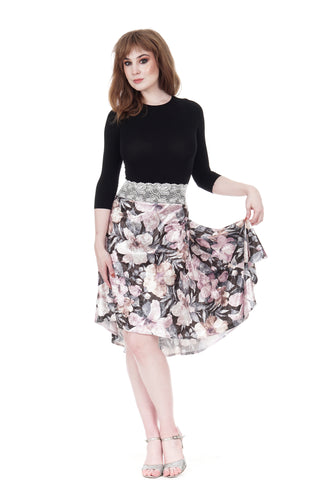 the signature skirt in glossy bouquet