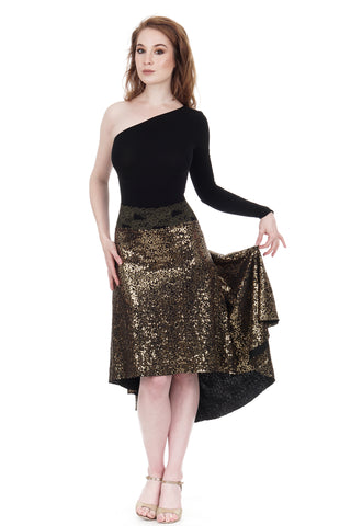 the signature skirt in gold sequins