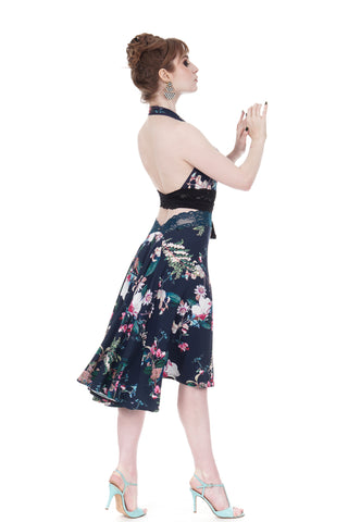 the signature skirt in prussian blue bloom