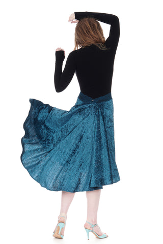 the signature skirt in teal crushed velour