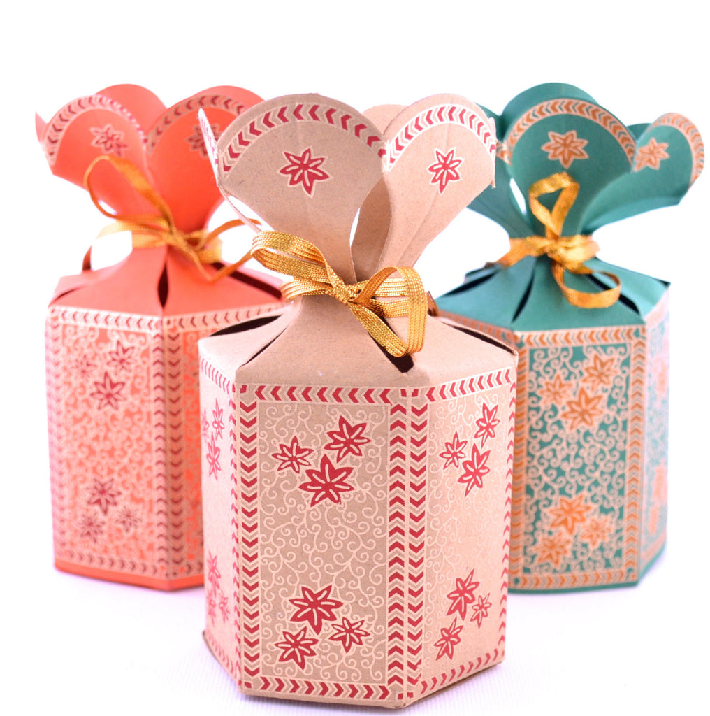 Flower Top Indian Wedding Favor Box – Pen & Favor