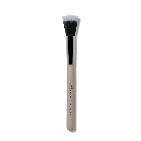 100 Percent Pure Cruelty Free Small Stippling Brush F10 - The Green Kiss
