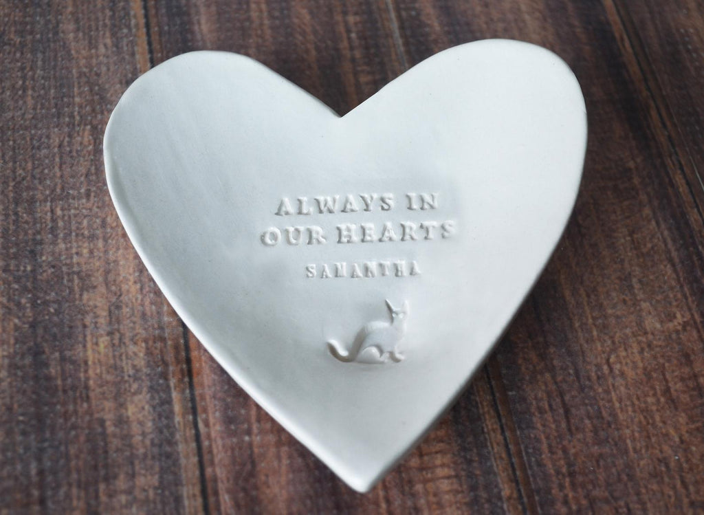 Cat Sympathy Gift, Pet Sympathy Gift, Pet Memorial Gift, Loss of Pet Gift - Always in our Hearts - With Pet's Name - Heart Shaped Bowl