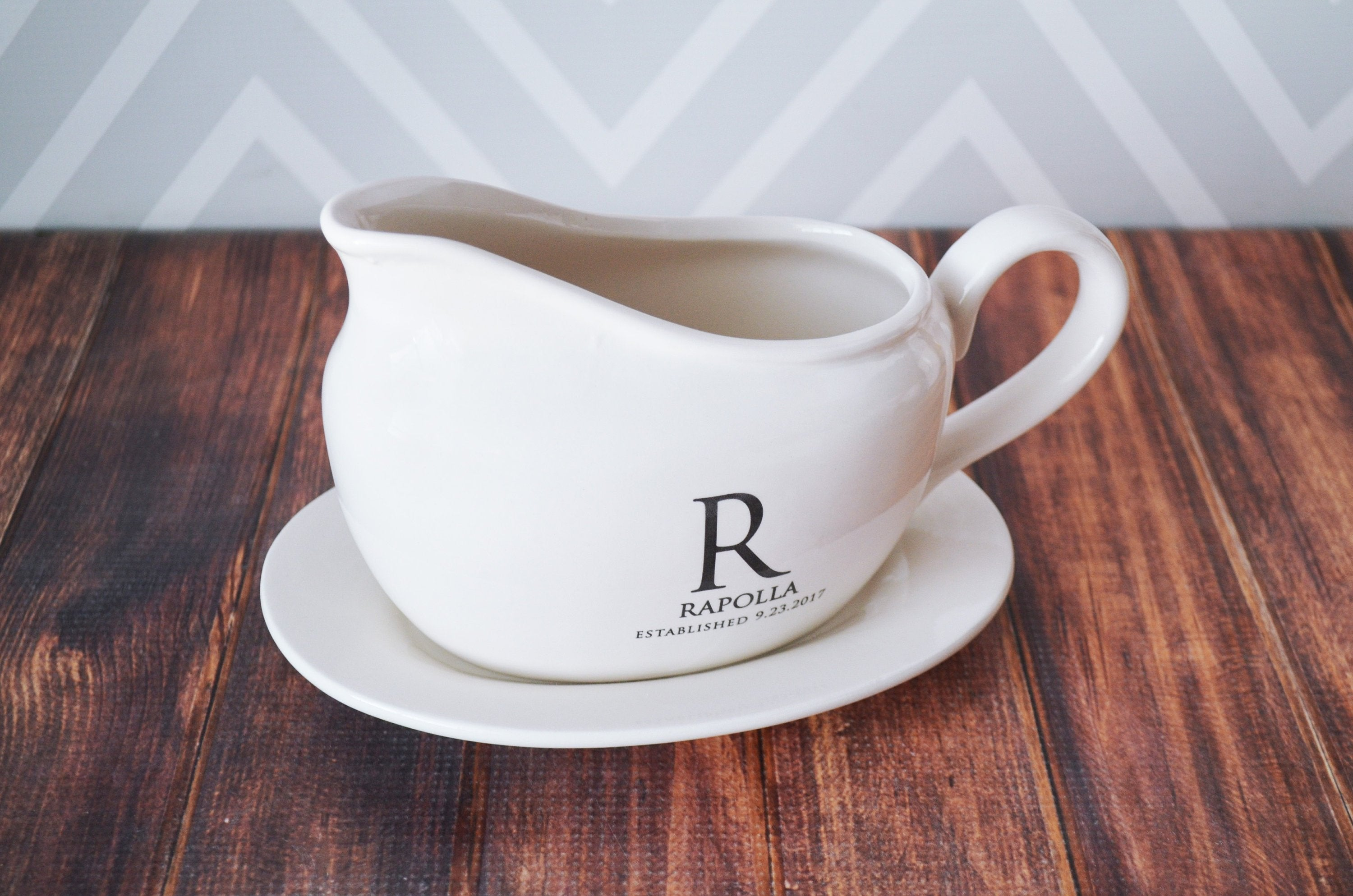 ... Housewarming Gifts Gravy Boat with Underplate Wedding Gifts Marriage Gifts Anniversary Gifts Housewarming Gifts ... & Gravy Boat with Underplate Wedding Gifts Marriage Gifts ...